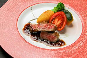 山形牛ステーキ 赤ワインソース